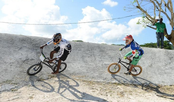 Young BMX racers on the track